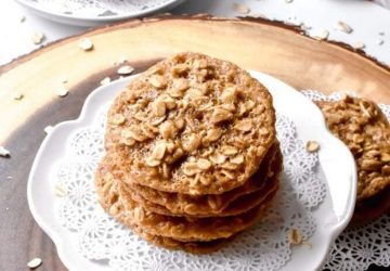 Oatmeal Lace Cookies for Breakfast